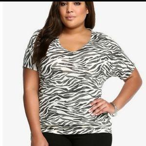TORRID zebra print lightweight vneck Sweater